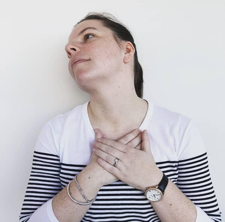 Neck stretc | Ergonomics | Osteopathy | Steph Klupacs