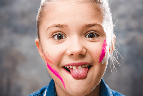 child with tongue tie